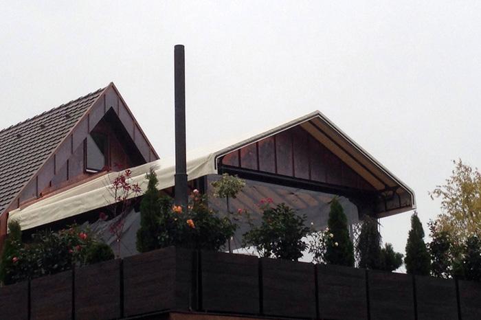 Intenda Cristall Rollvorhang für Pavillon Aussenansicht