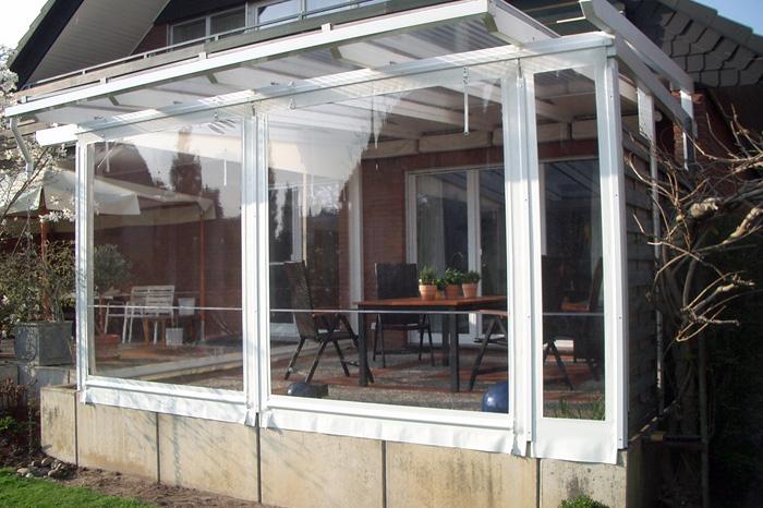 regenschutz terrasse seitlich stunning oder als cleveren regenschutz bei einem warmen. Black Bedroom Furniture Sets. Home Design Ideas