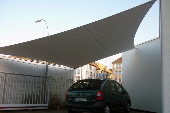 Sonnensegel als Carport