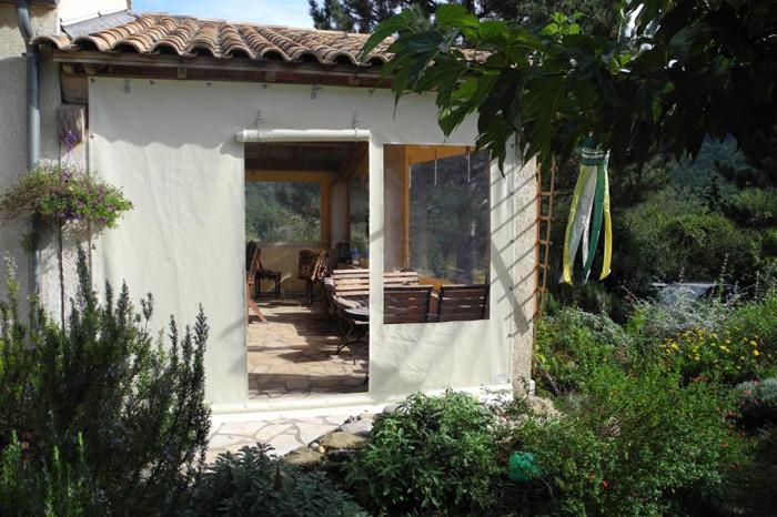 Seitenplane für Vordach mit Eingang